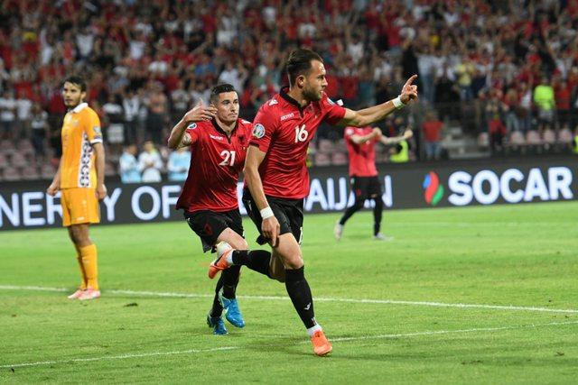 tip-bong-da-tran-Moldova-vs-Albania-–-01h45-02-10-2019-–-giai-hang-nhat-anh-fa (4)