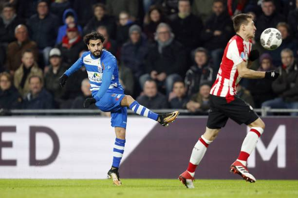 (L-R) Youness Mokhtar of PEC Zwolle, Daniel Schwaab of PSV during the Dutch Eredivisie match between PSV Eindhoven and PEC Zwolle at the Phillips stadium on February 03, 2018 in Eindhoven, The Netherlands(Photo by VI Images via Getty Images)