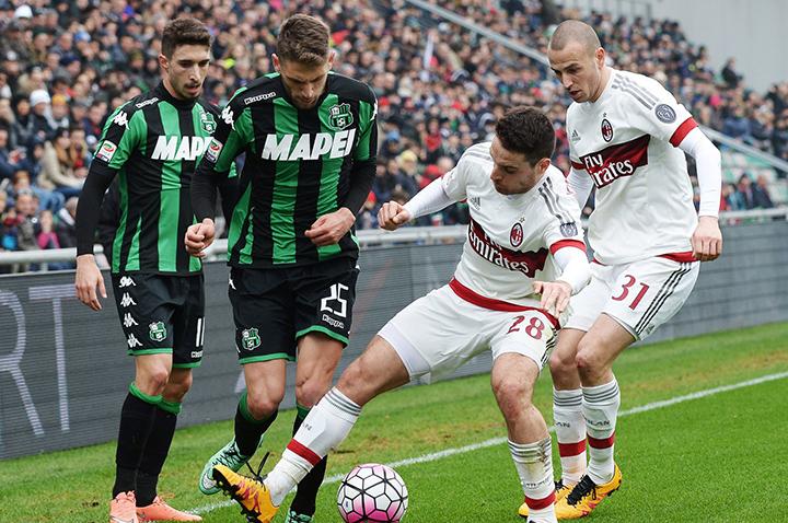 soi-keo-bong-da-Sassuolo-vs-AC Milan-–-02h45-17-07-2020-–-giai-vdqg-italia-fa (1)